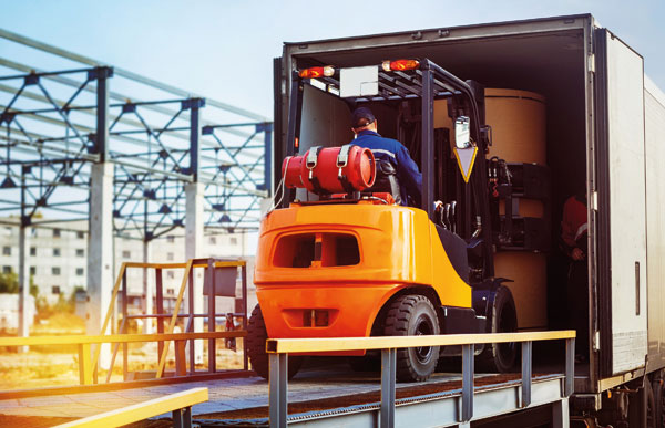 How is the logistics industry pushing ahead through the Covid-19 crisis?